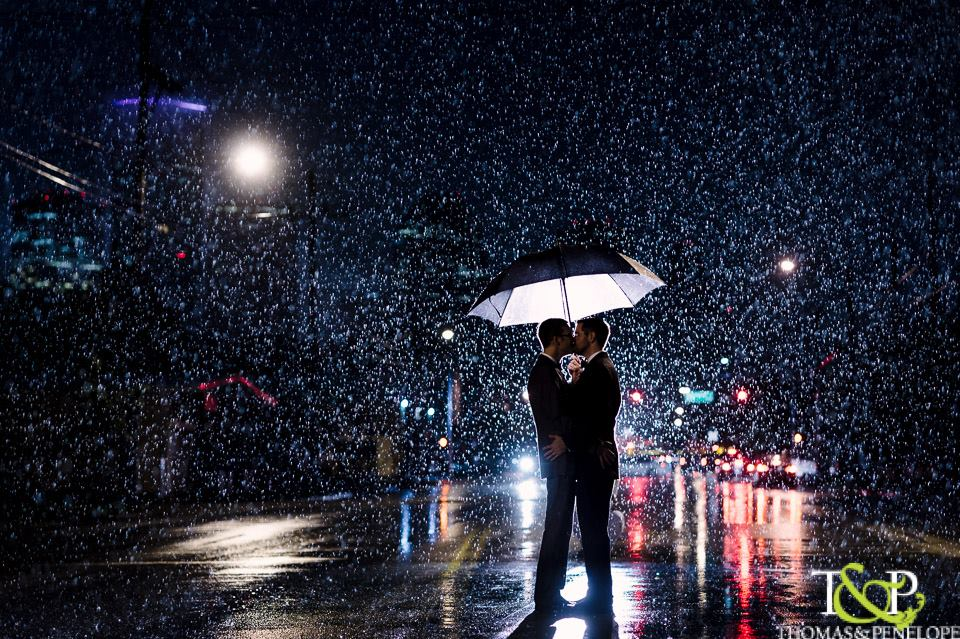 This couple didn't let a little rain stop them from getting amazing pictures!