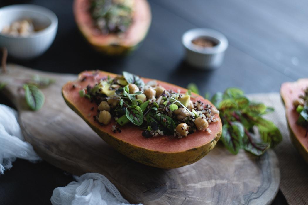 Quinoa and chickpeas stuffed papayas recipe