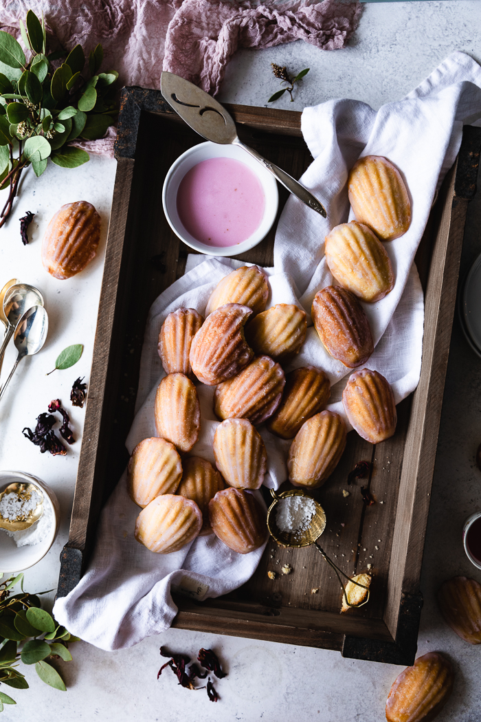 Madeleines made with frangipane