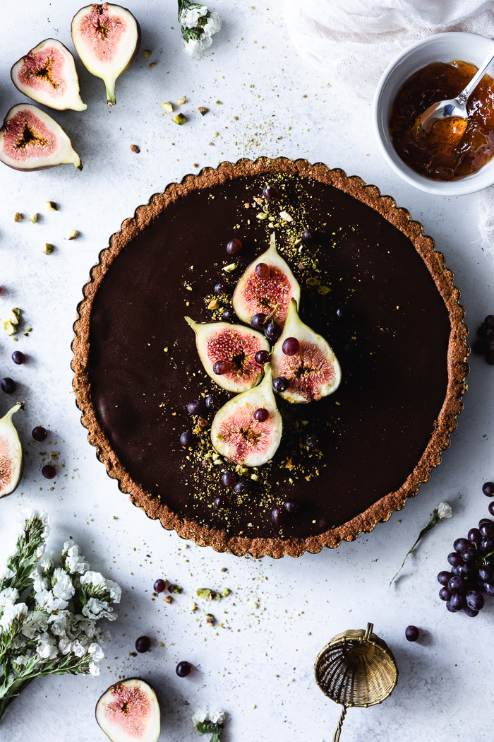 Chocolate and cheesecake tart with a fig marmalade in between. A perfect mash-up between America's favorite desserts.