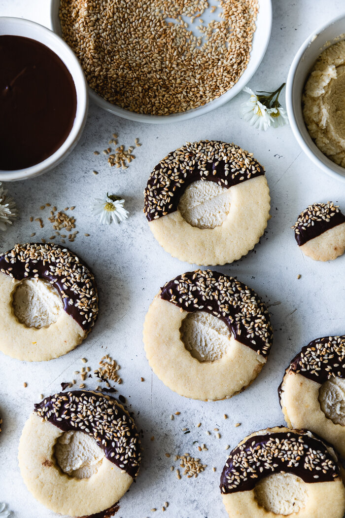 Sugar cookies with tahini buttercream 3.jpg