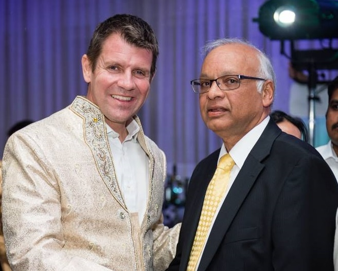 3.0 DD Photo with Hon. Mike Baird MP Premier of NSW.jpg