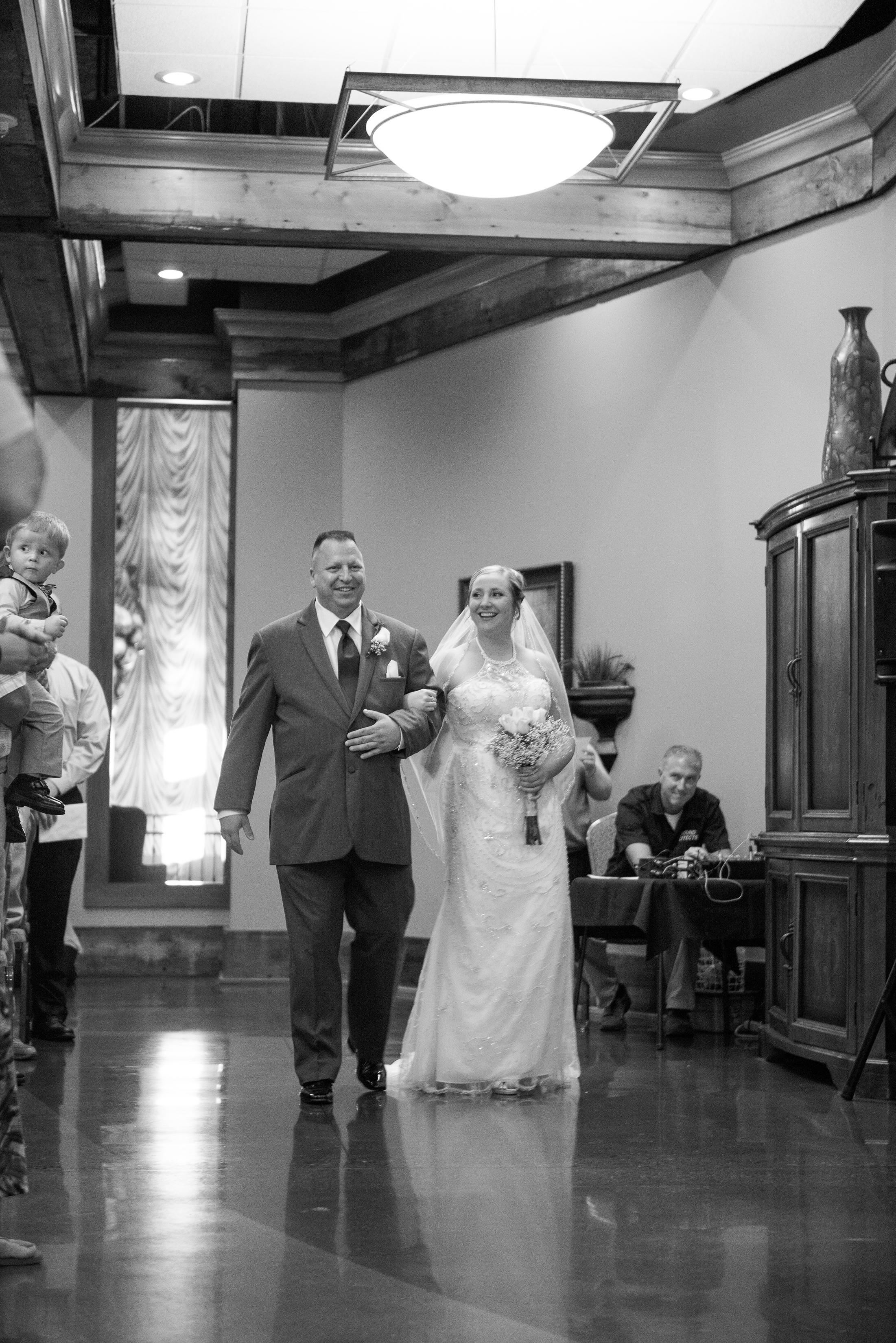 AkersKing_wedding_bw-417 copy.jpg