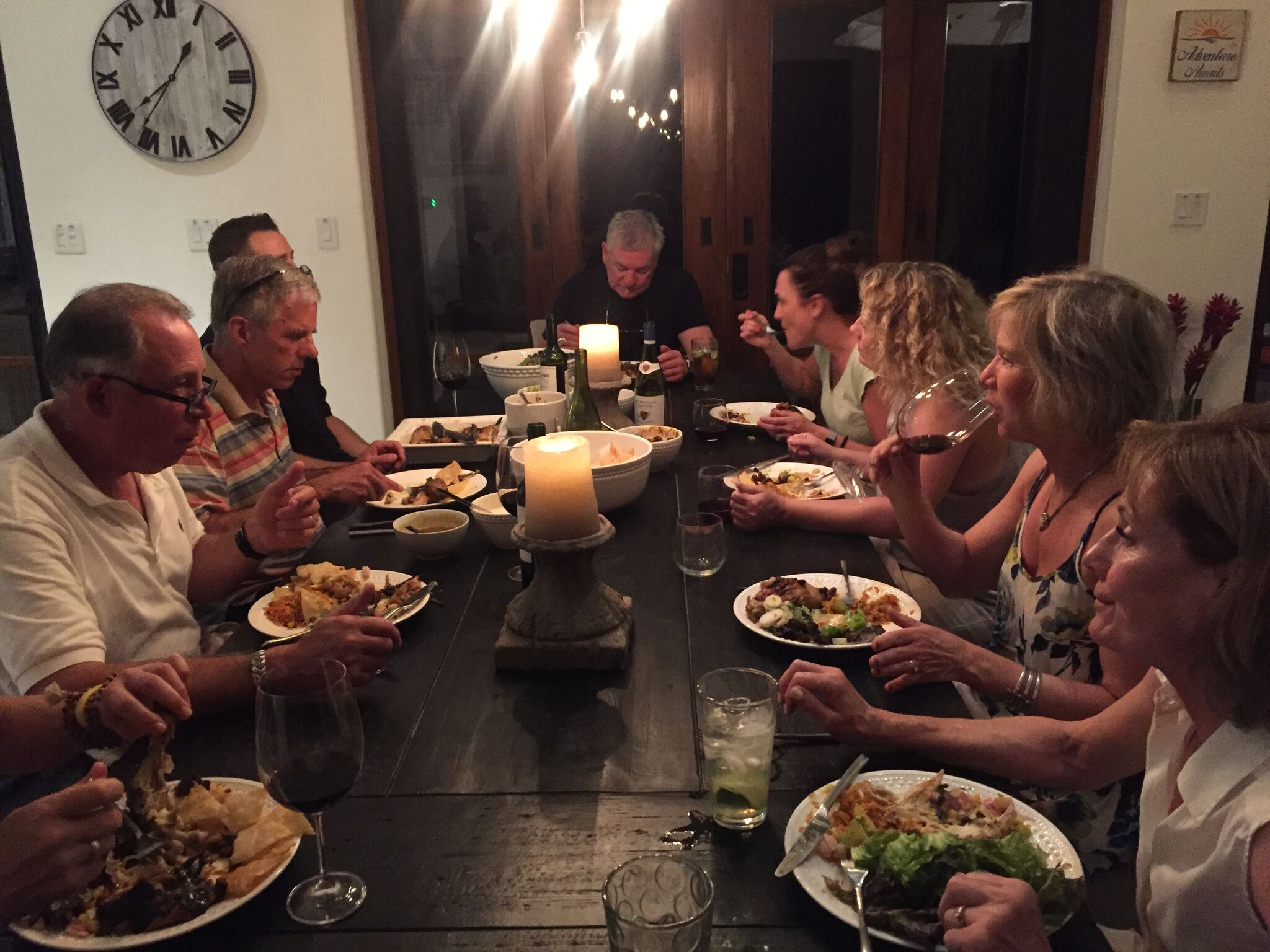 Fun dinner crowd.jpeg