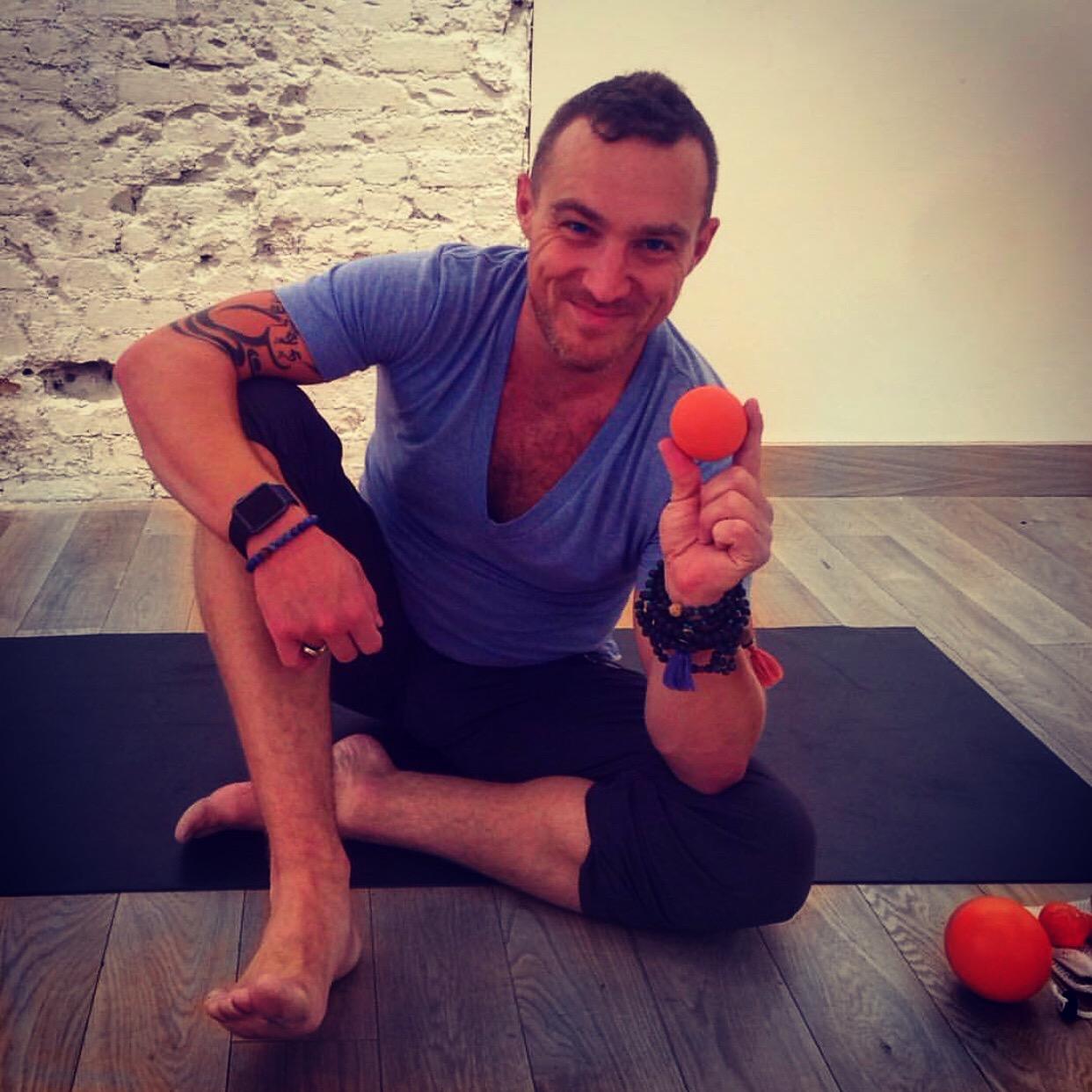 Holy Roller Vinyasa - Self Myofascial Release in Yoga