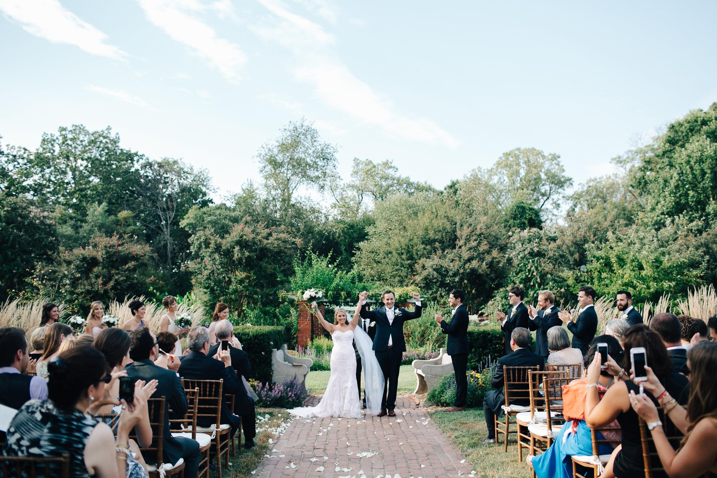0664_megan_beth_dawson_river_farms_wedding.jpg