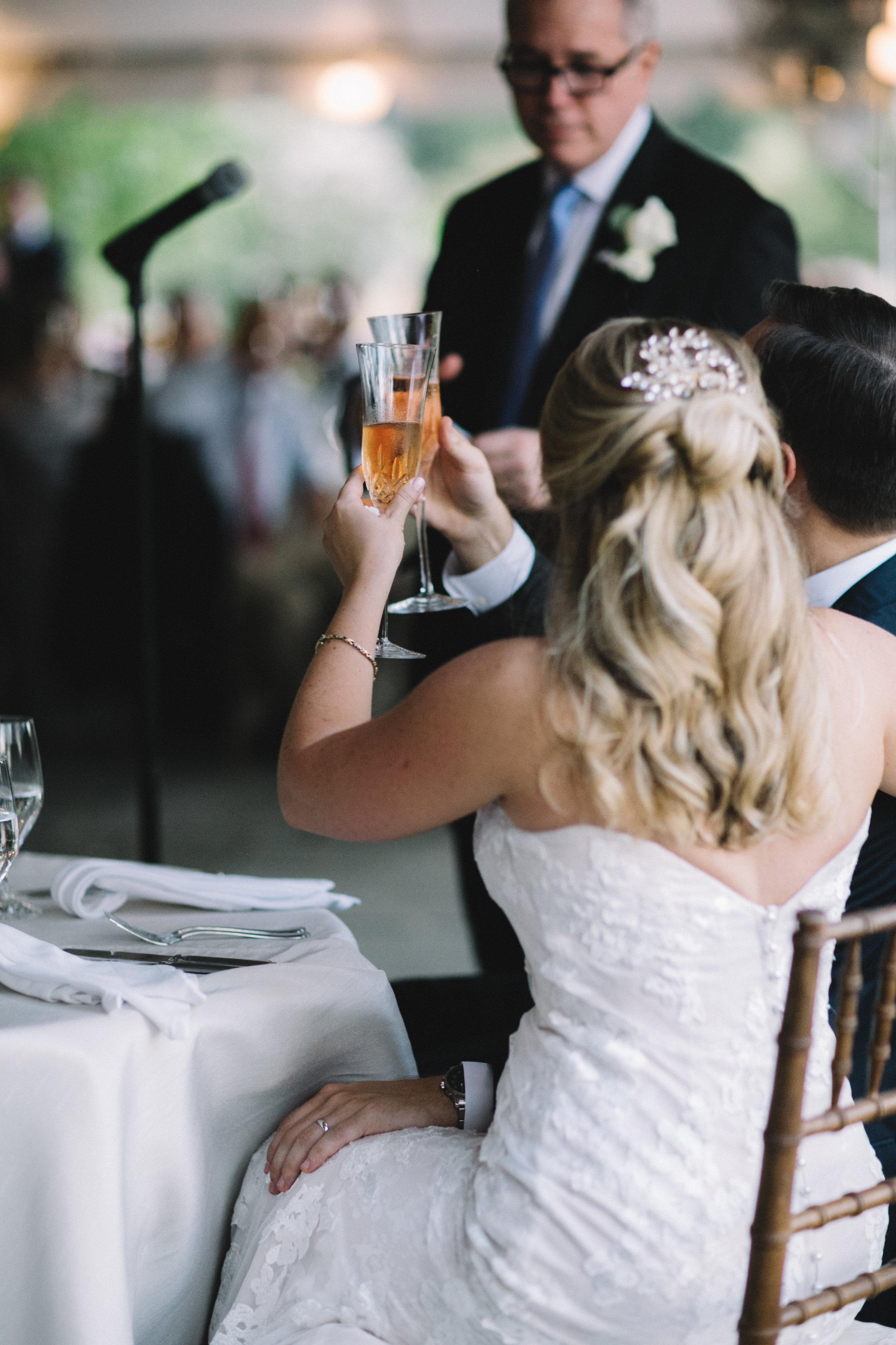 0987_megan_beth_dawson_river_farms_wedding.jpg