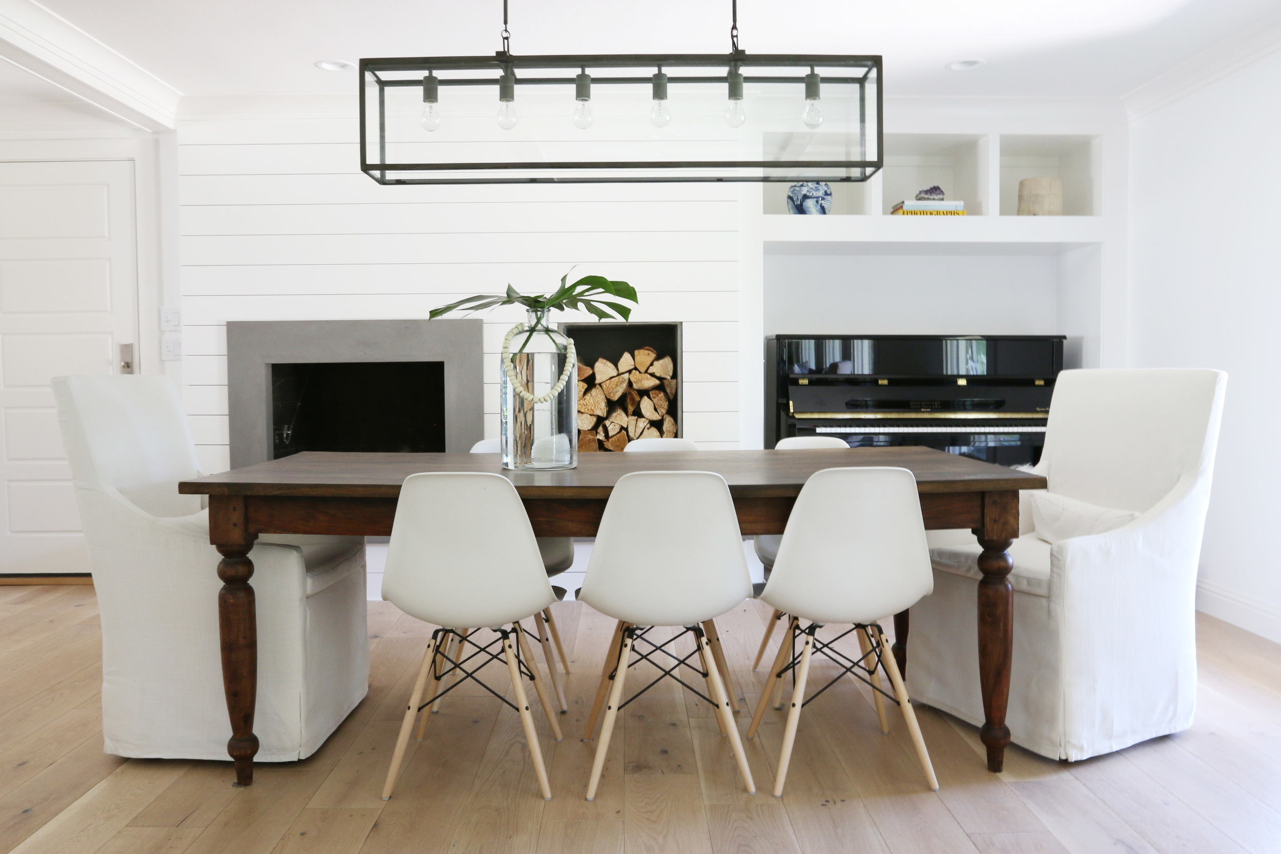 White and bright dining room || Studio McGee
