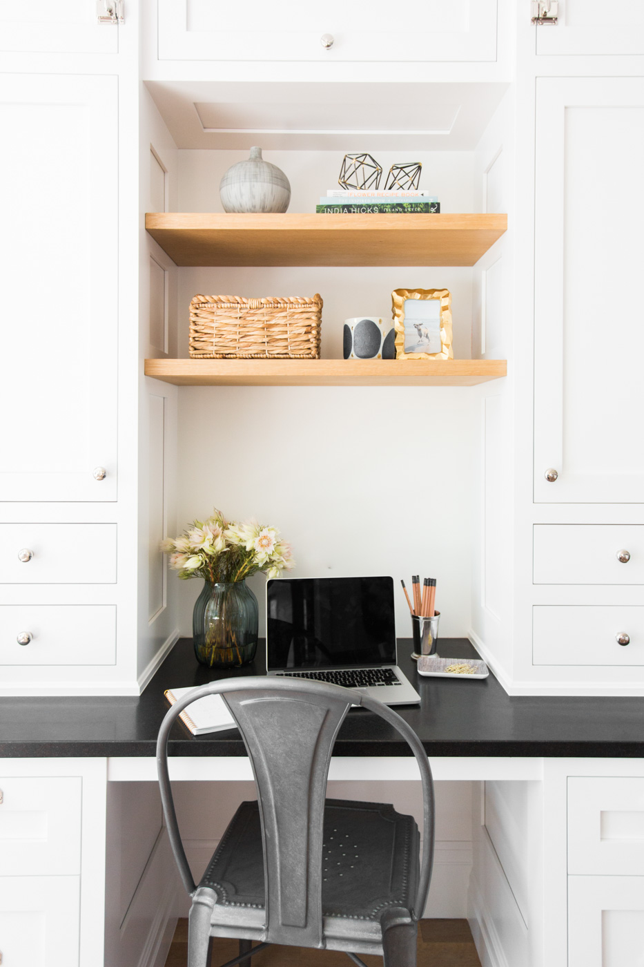 Built-in workstation in the kitchen || Studio McGee