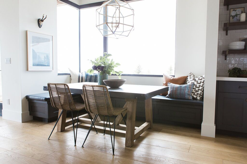 Modern kitchen table with build in shelving