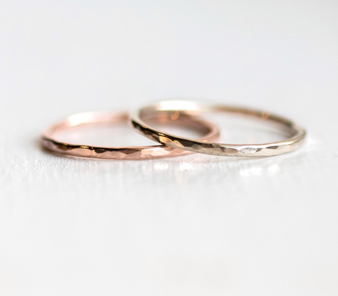 1-2mm-hammered-bands-rose-white-bright__46549.1478311754.jpg