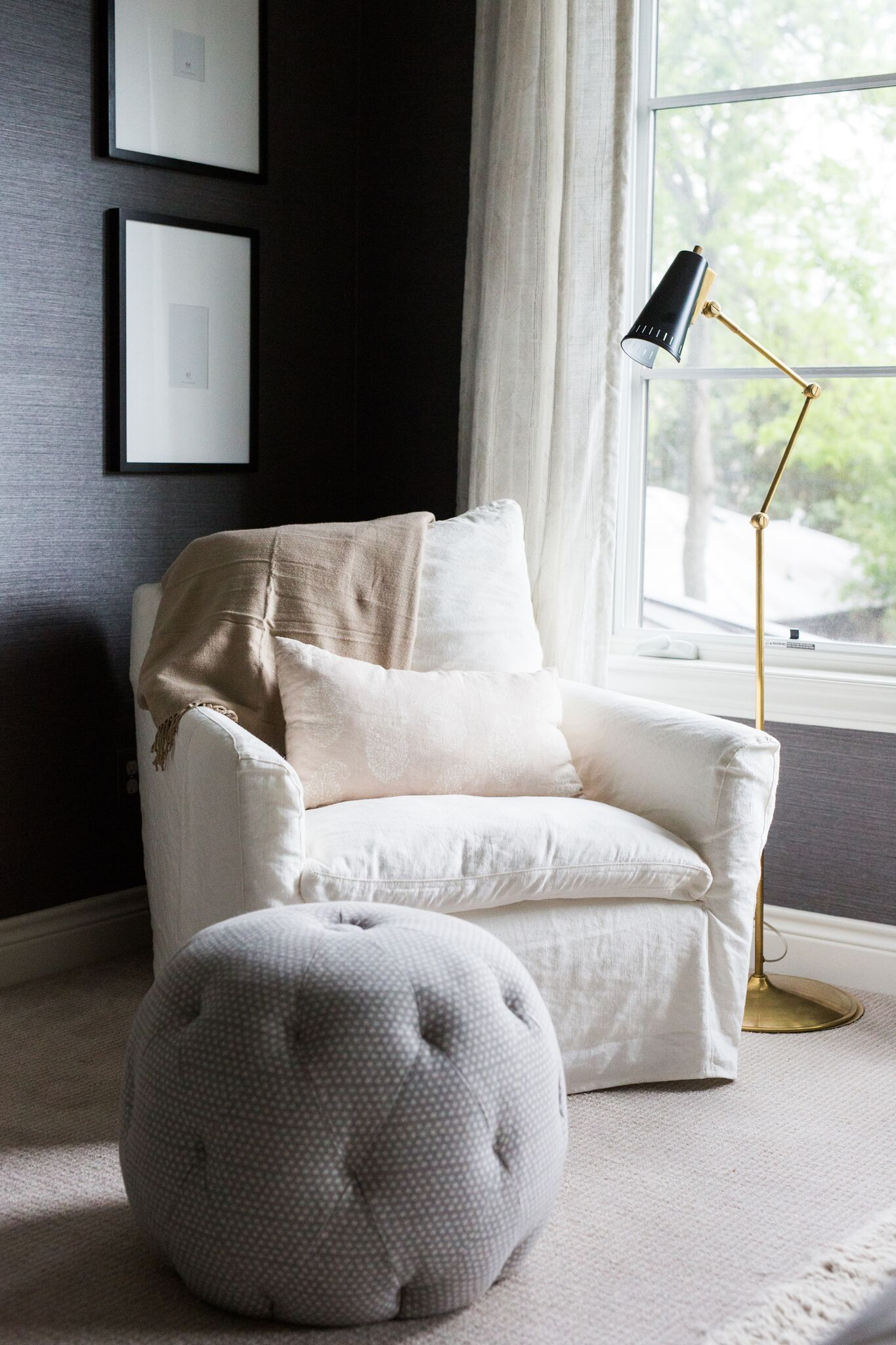 5Cozy+Bedroom+Reading+Nook.jpg