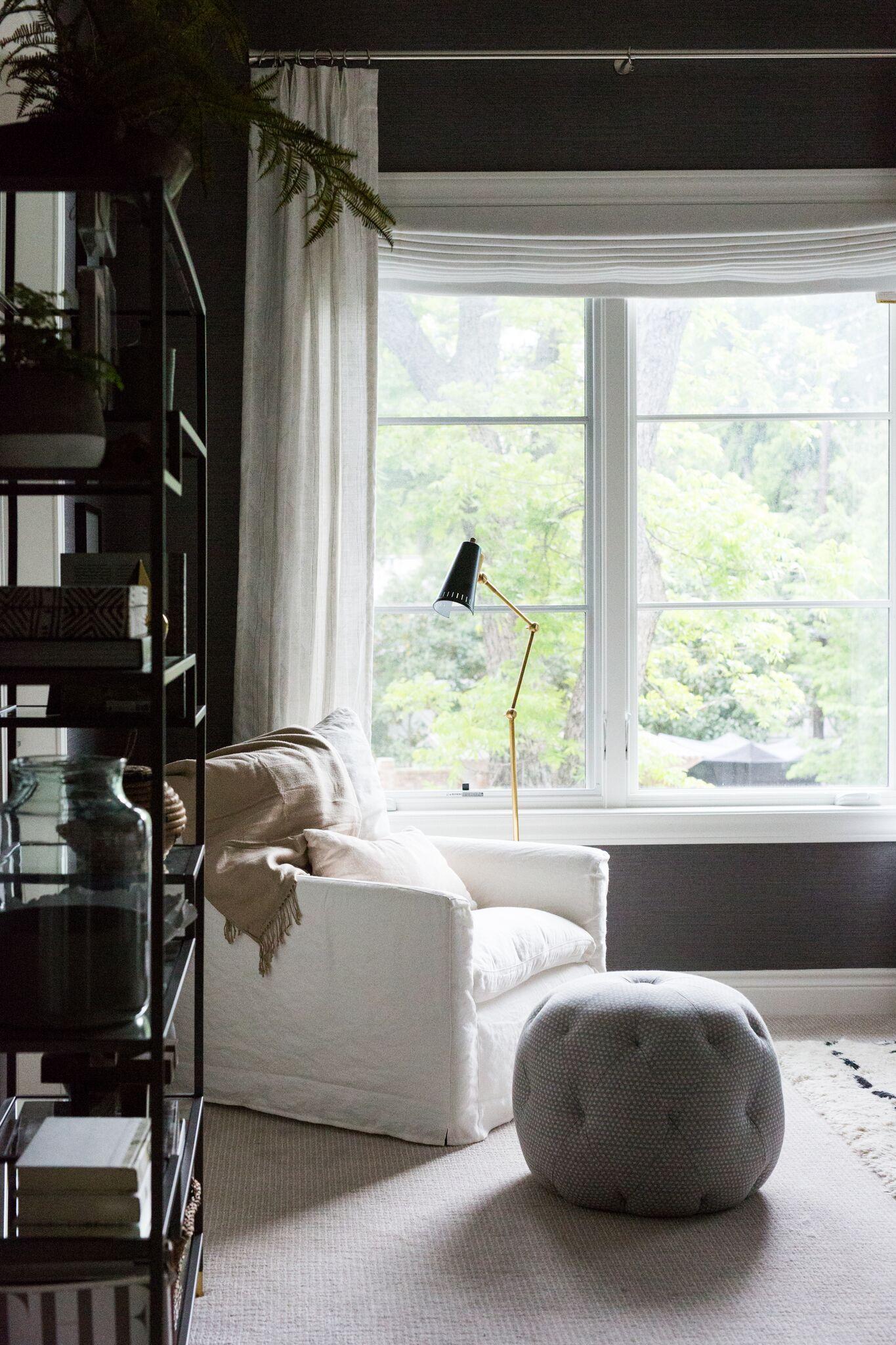 7Cozy+Bedroom+Reading+Nook.jpg