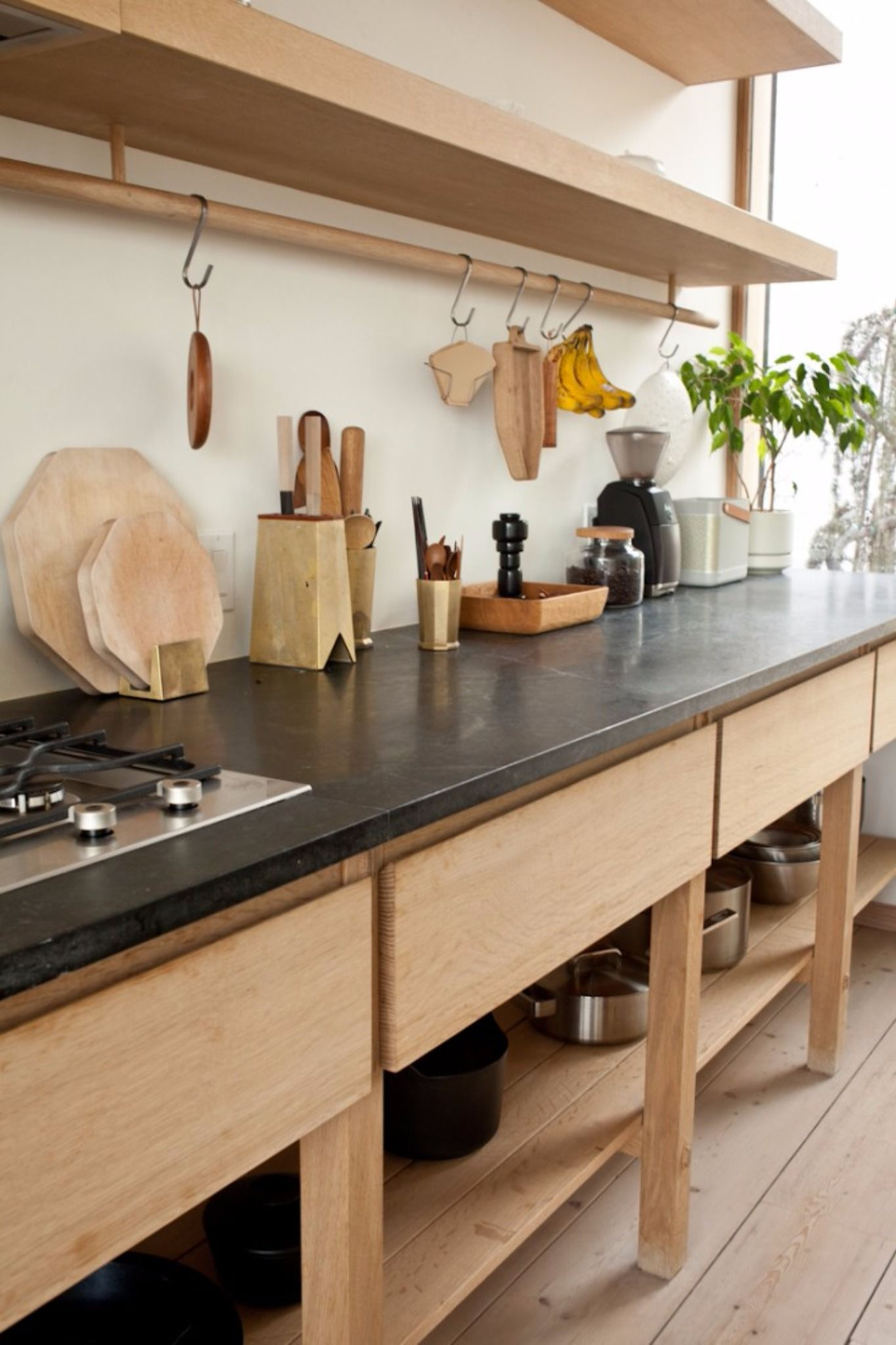 Design by  Juli Daoust and John Baker  via  The Remodelista
