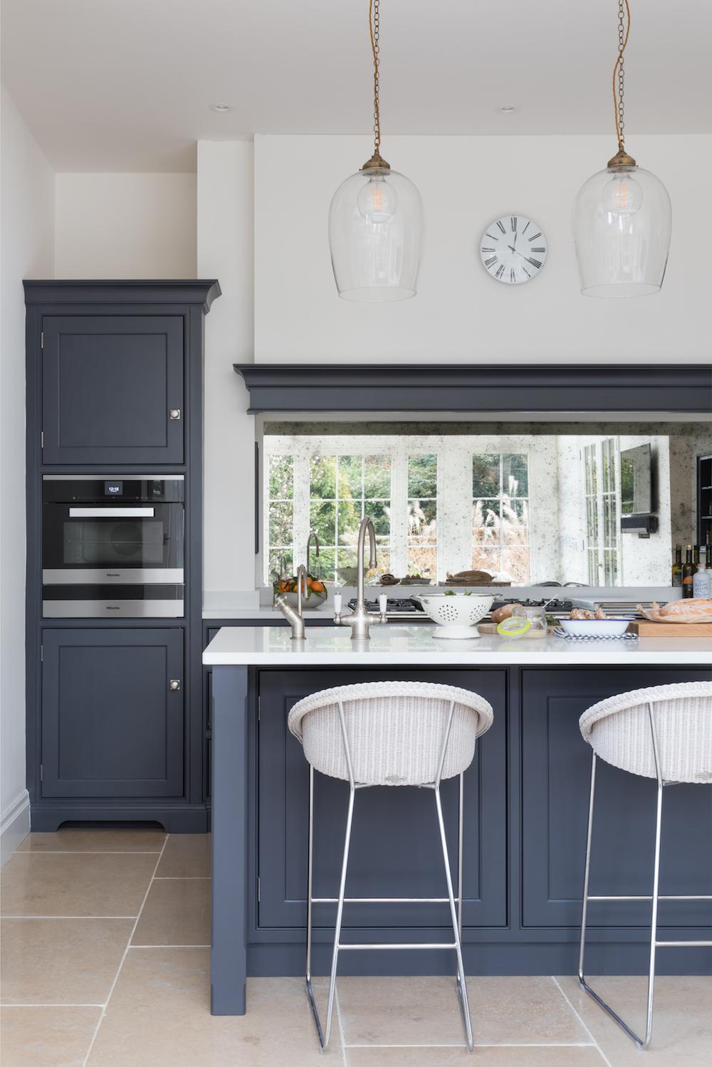 Oak-Lodge-Norfolk-Humphrey-Munson-Kitchen-Low-Res-11 2.jpg