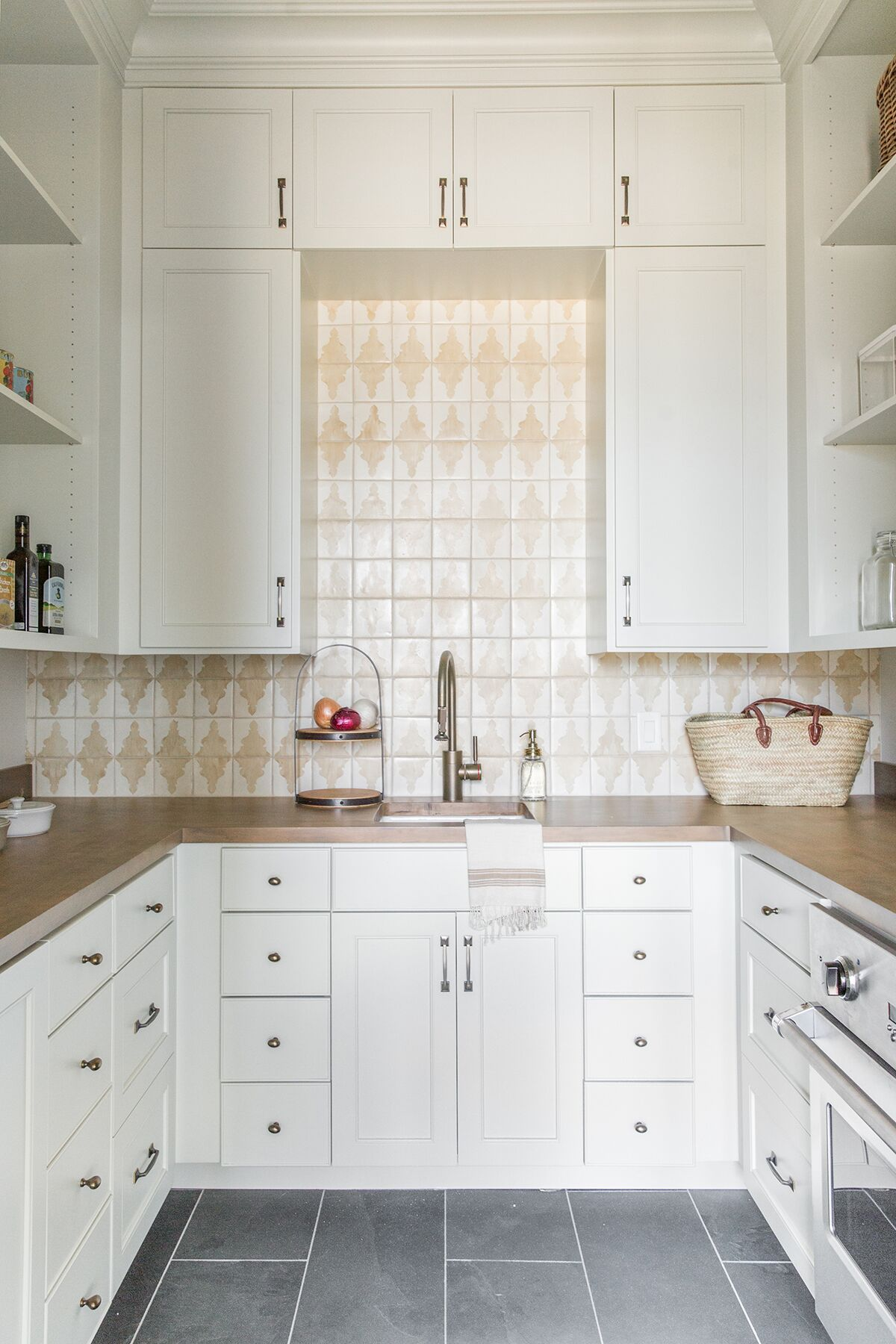 Butlers+pantry+with+with+tile+and+white+cabinetry+-+Studio+McGee+Design.jpg