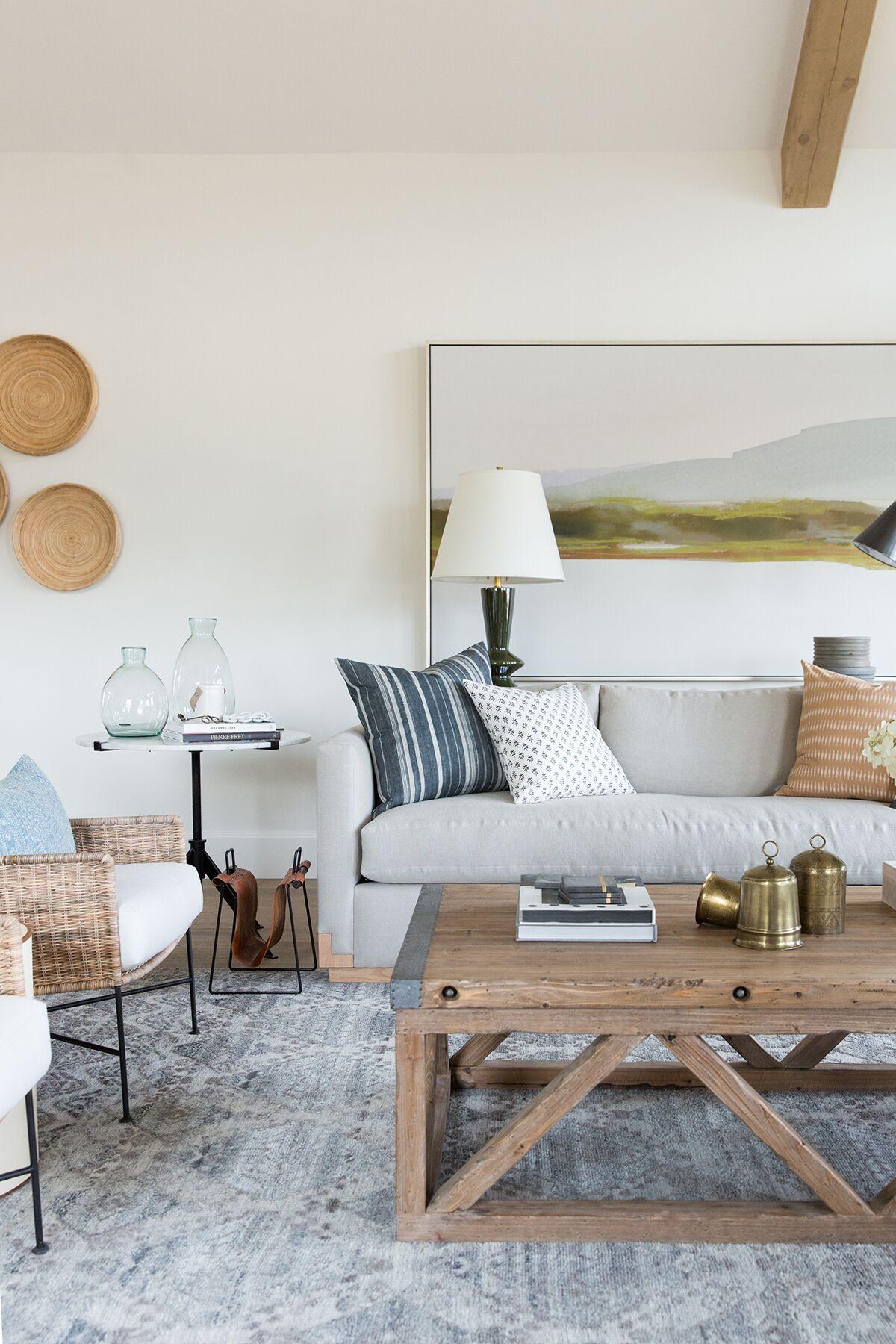 Moody,+textured,+rustic+inspired+living+room+in+mountain+home+in+Utah+-+Studio+McGee+Design-2.jpg