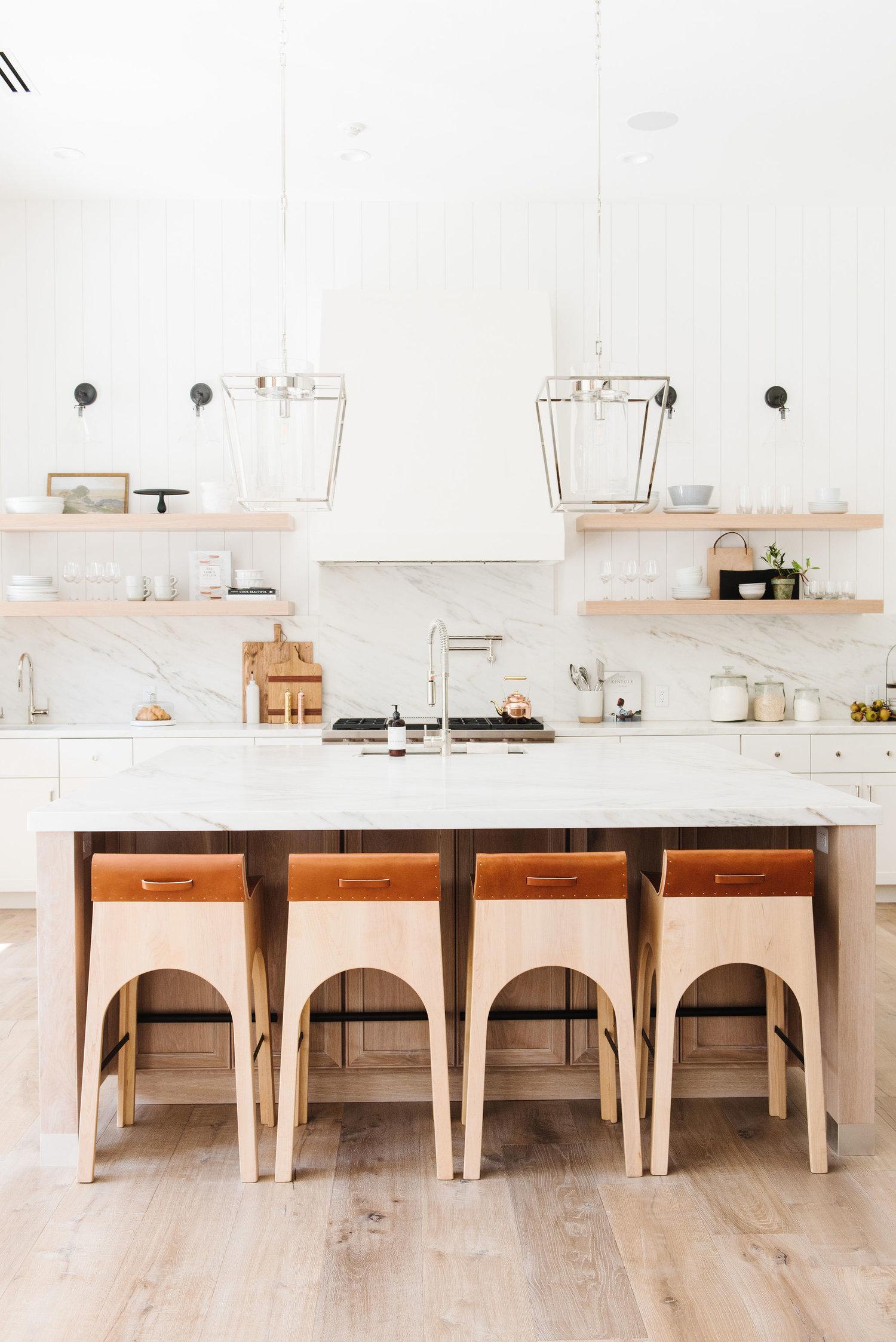 kitchen_dining-reedits-002.jpg