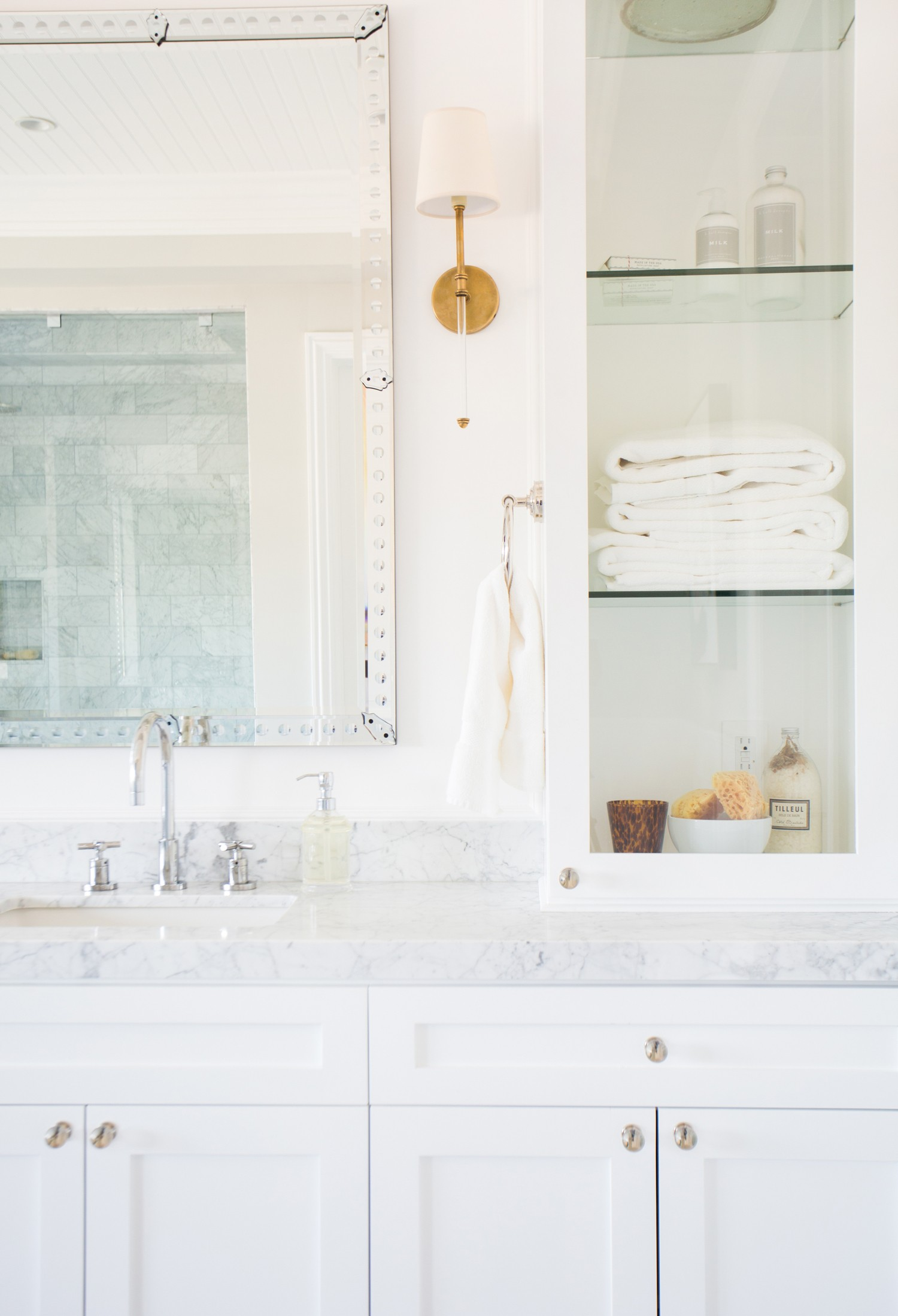 Mixed+metals+and+bathroom+styling+__+Studio+McGee.jpg