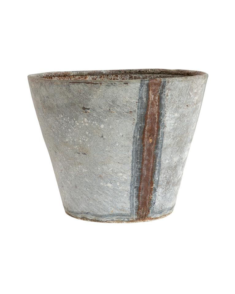 Distressed_Zinc_Planter_4_960x960.jpg
