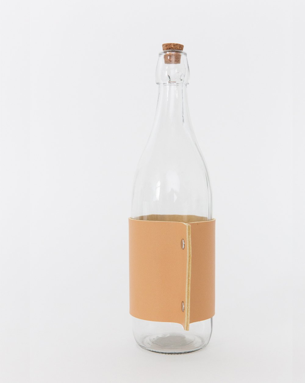 Leather_Wrapped_Bottle1.jpg
