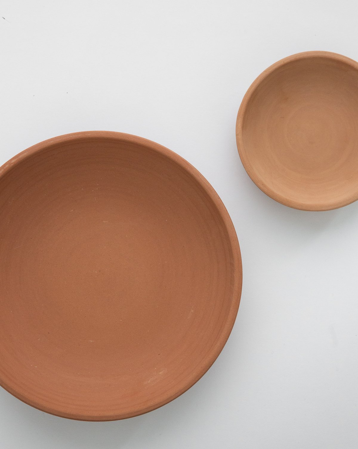 low_terracotta_bowl_ce61f0e1-6744-4f62-8b27-67e1a3356814.jpg