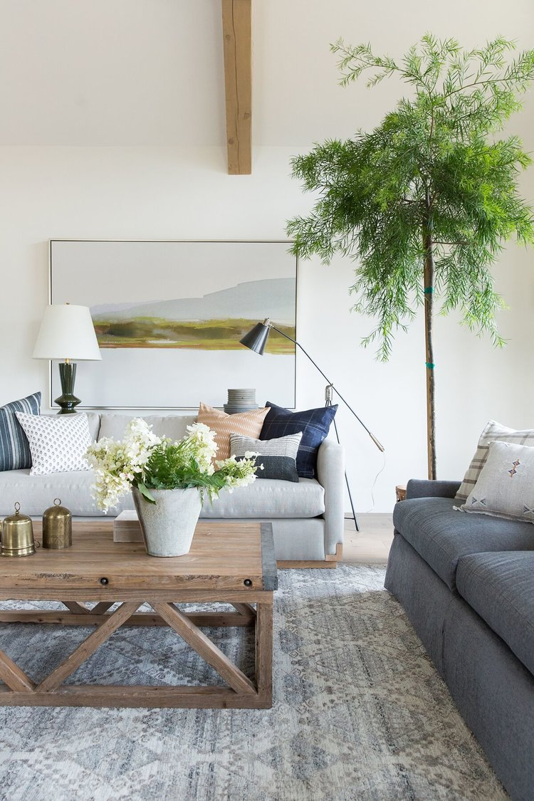 Moody,+textured,+rustic+inspired+living+room+in+mountain+home+in+Utah+-+Studio+McGee+Design-1.jpg