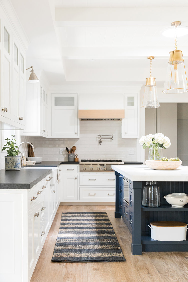 Coastal+textured+kitchen+with+pendant+lighting+and+blue+island.-Studio+McGee.jpg