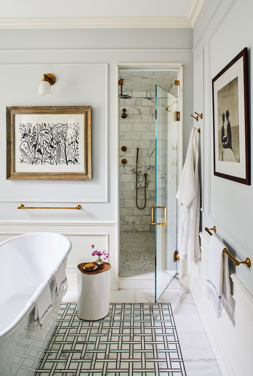Design by  Carrier and Company  for Sylvana Durrett via  Architectural Digest