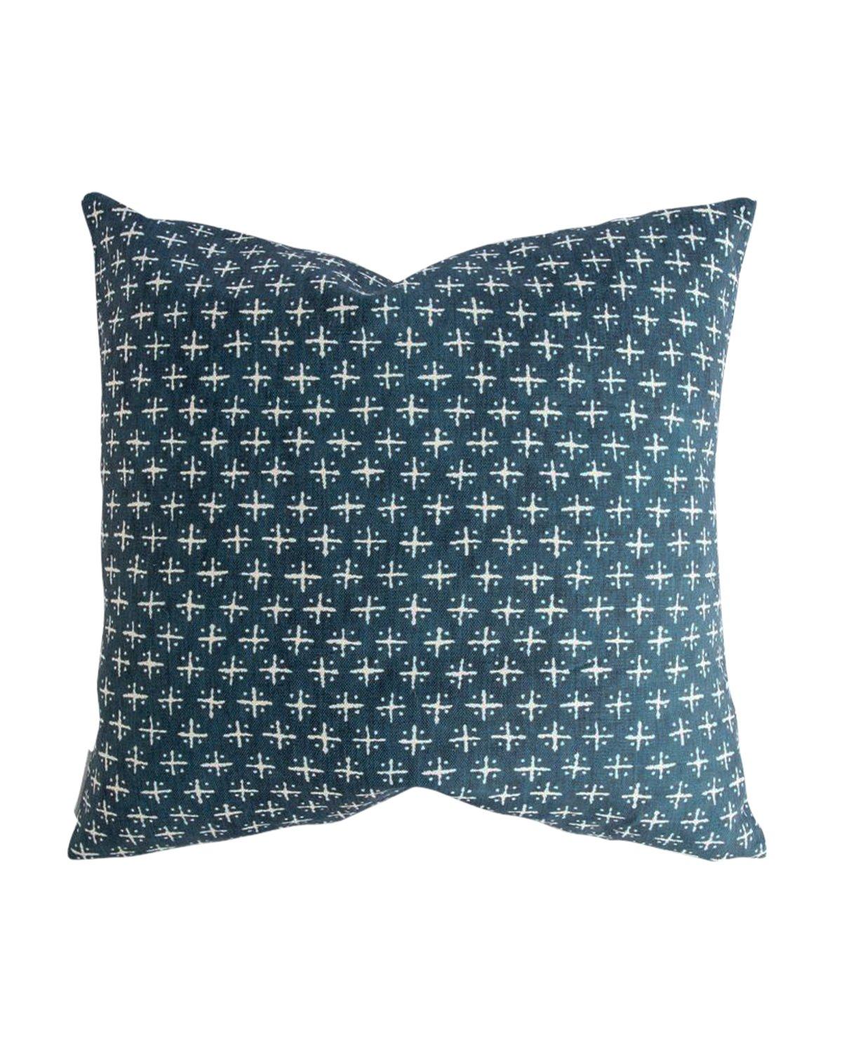 Newport_Cross_Pillow_1_1c53e0d2-1c80-4604-afce-4dbac8c8cf26.jpg