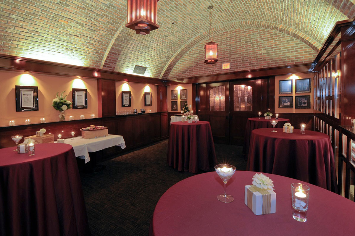 Private Dining Ringside Steakhouse
