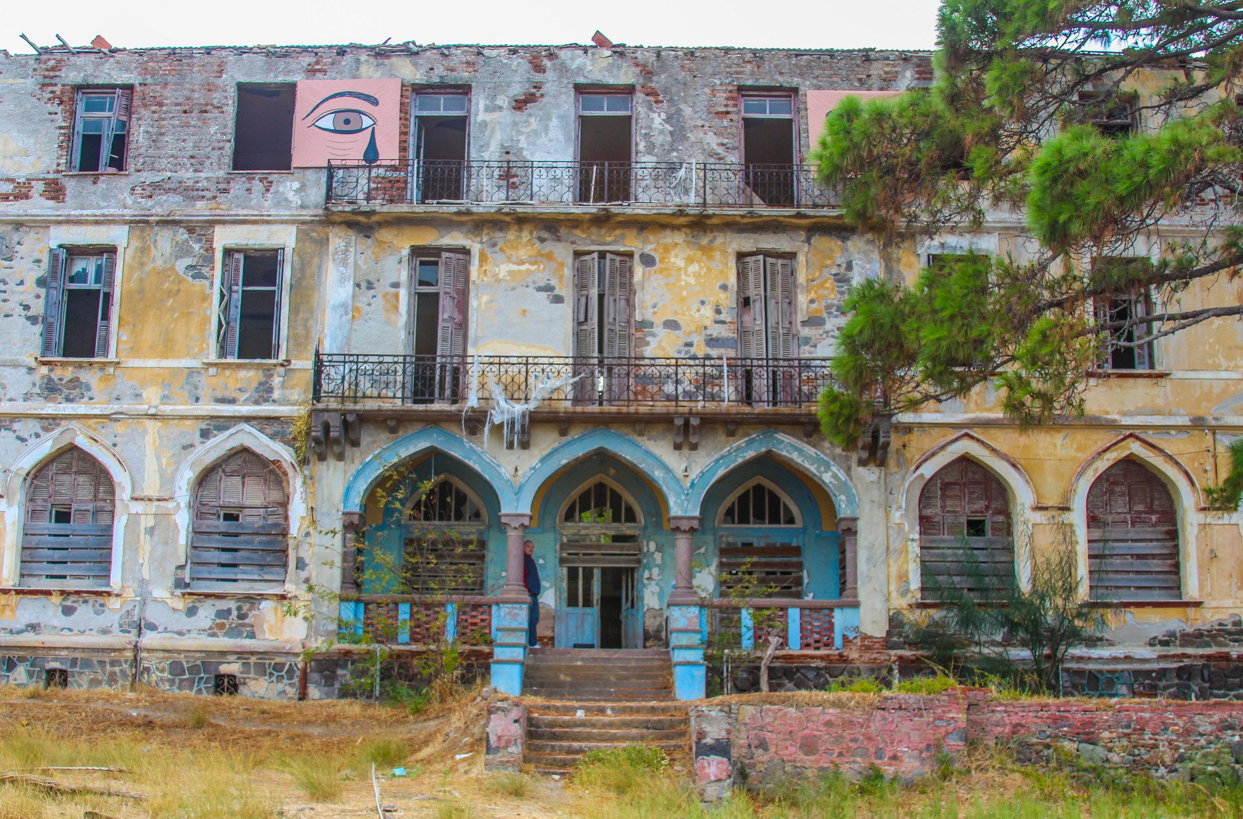 Coastal hotel, turkish archetecture, afternoon adventure