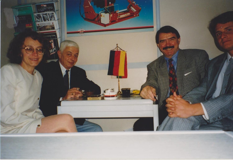 Г-н Илиев, управите на Рема Тип Топ Комерс, и сътрудници с г-н Клаус Ласковски, Rema Tip Тоp GmbH