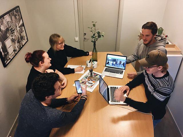 Ett taggat gäng kör ett sista avstämningsmötet inför ALL IN Skellefteå som går av stapeln nästa helg 🙌🏼 Oj vad bra det kommer bli! 🎉 #teamapång #teamåret1819