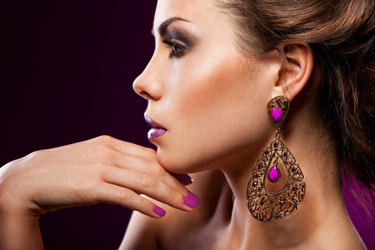 Earrings-for-Women-Trends-to-Amp-Up-Your-Ear-Game-MainPhoto.jpg