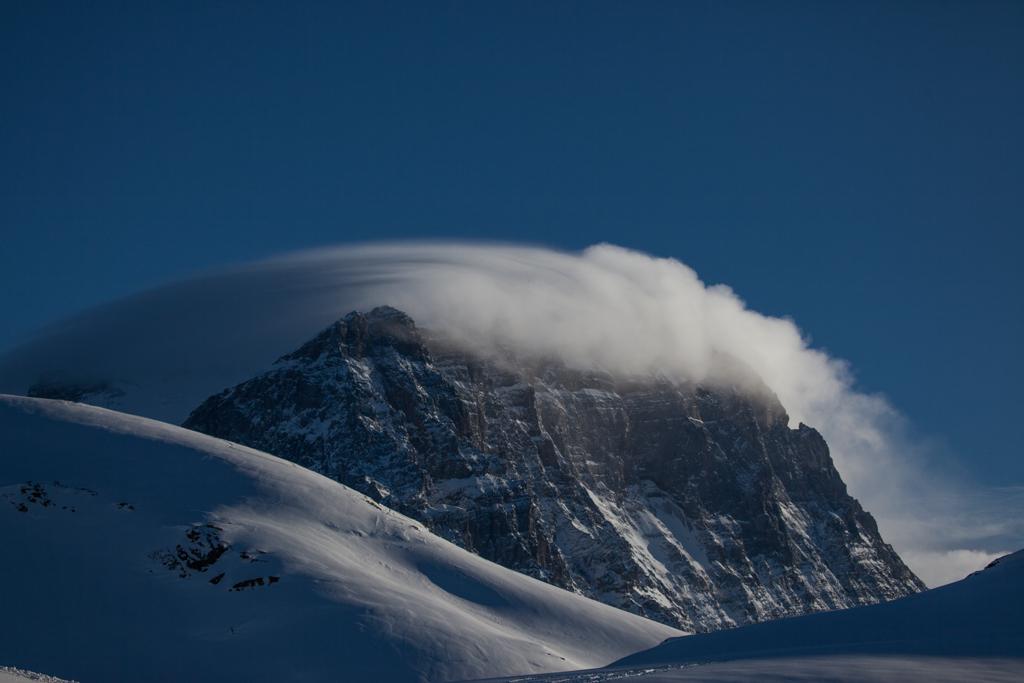 Tödi behind clouds