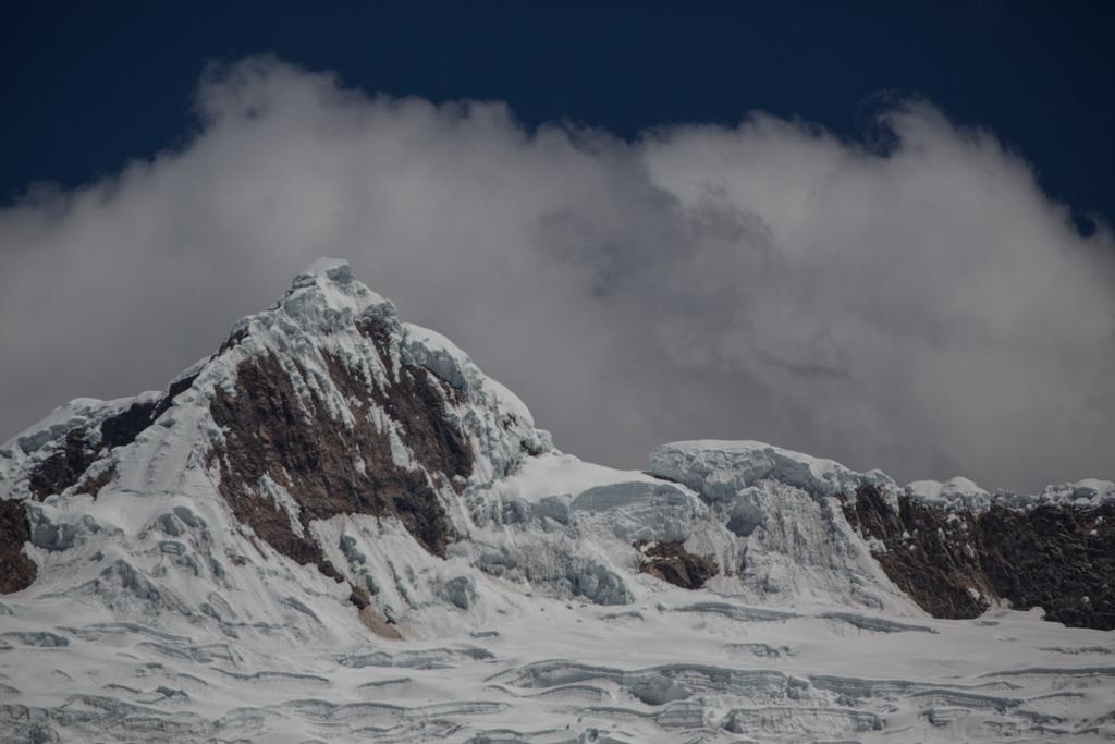 Alpamayo (5947m) from the north