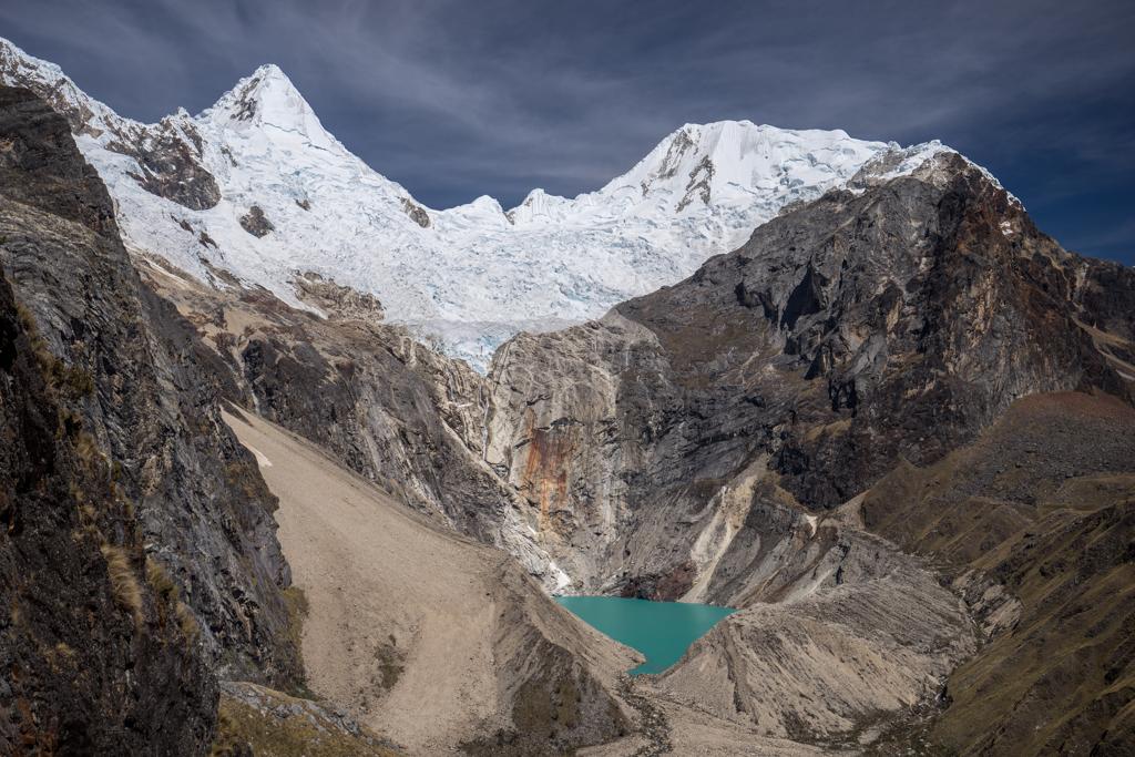 Alpamayo with Jancarurish lake