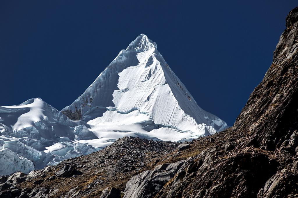 Pyramid in snow: Alpamayo (5947m)
