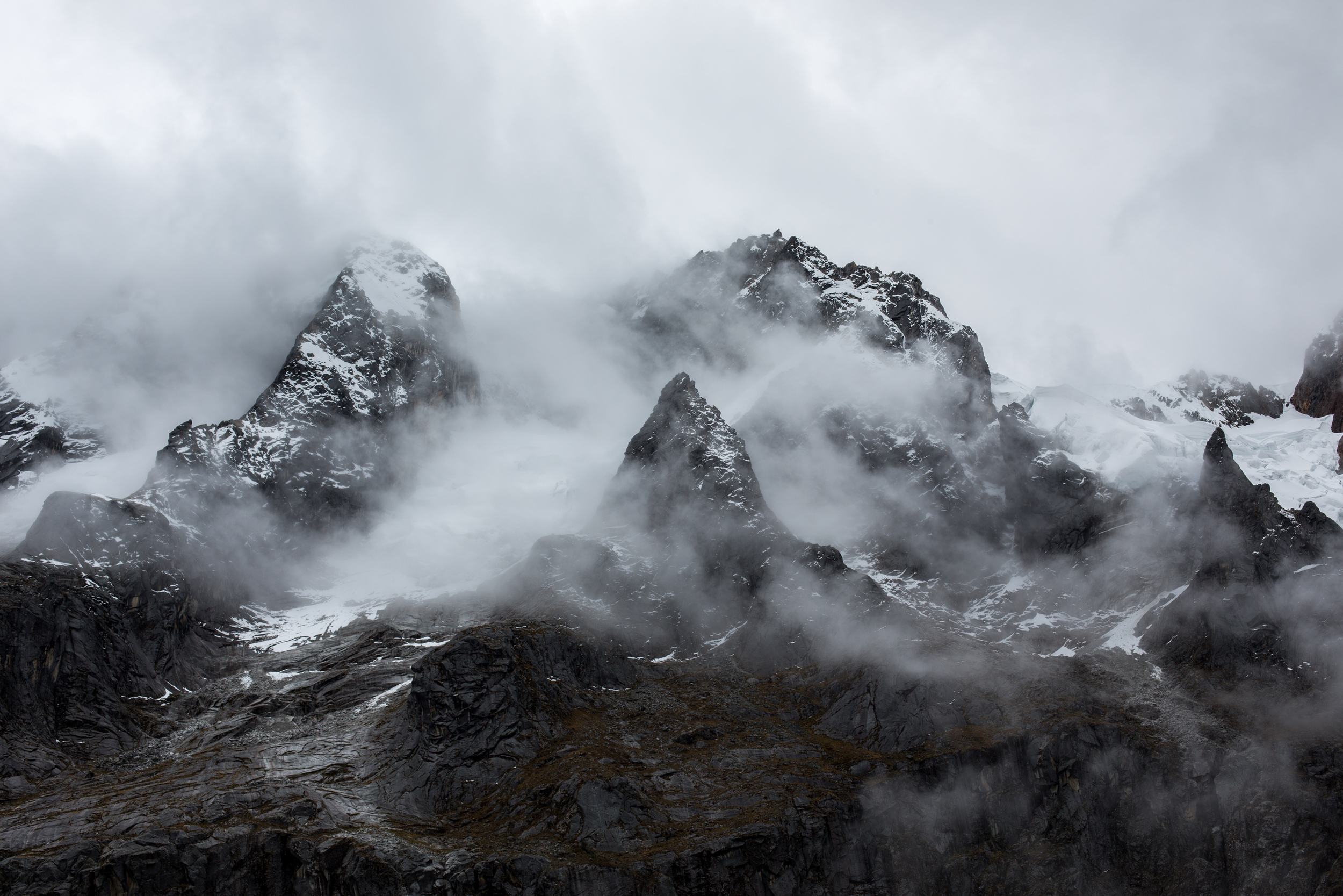Clouds encircling mountains