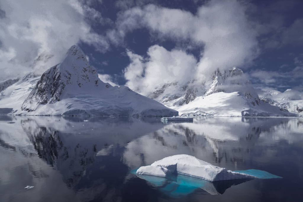 Impressive clouds and ice floes
