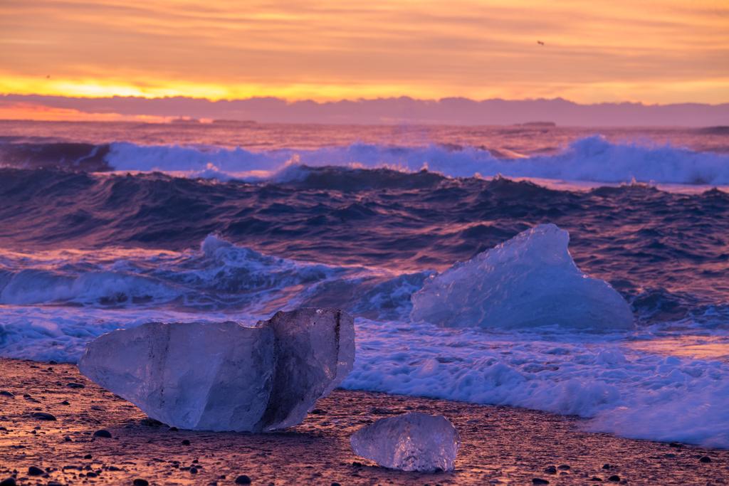 Iceblocks on the ocean
