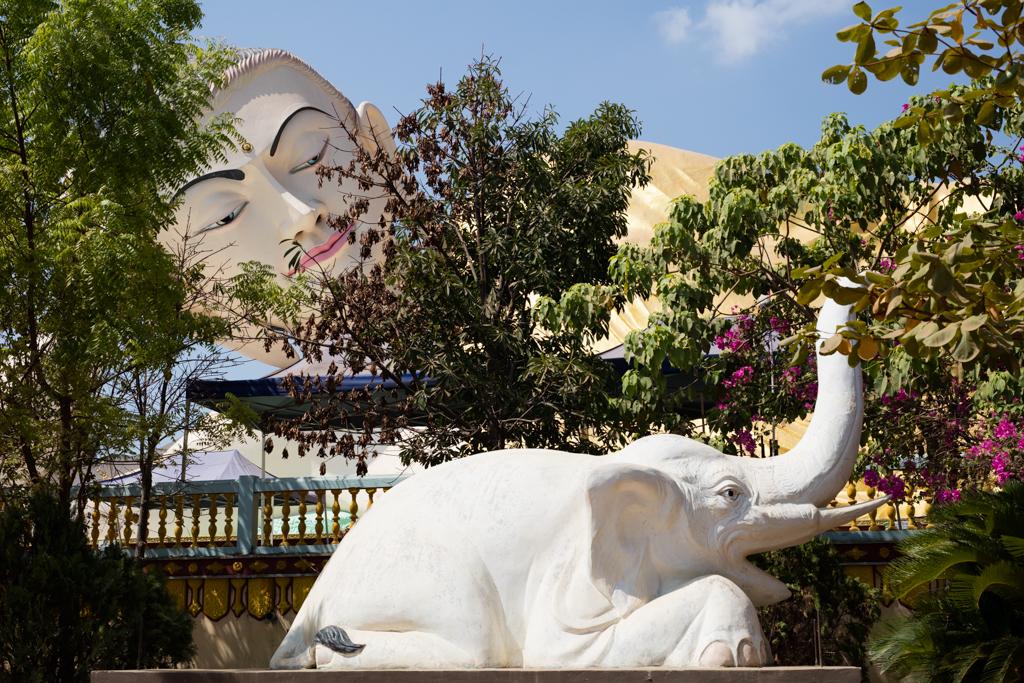 Elephant and Buddha in Bago