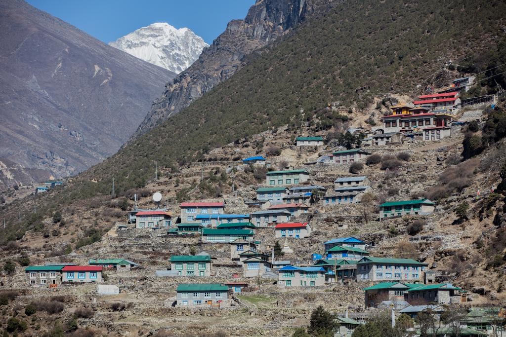 Village of Thamo with monastery