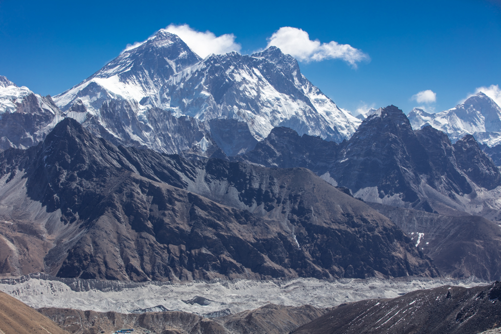 Everest and Lhote from Reno La (5350m)