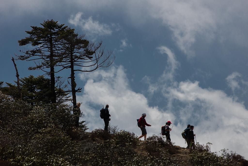 Hikers in Khumjung