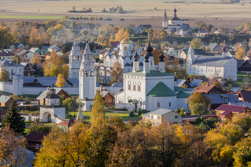 The Pokrovsky monastery and the Church of St. Peter and Paul