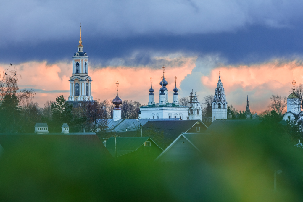 The Prepodobenskaya bell tower and Cathedral of Ascension