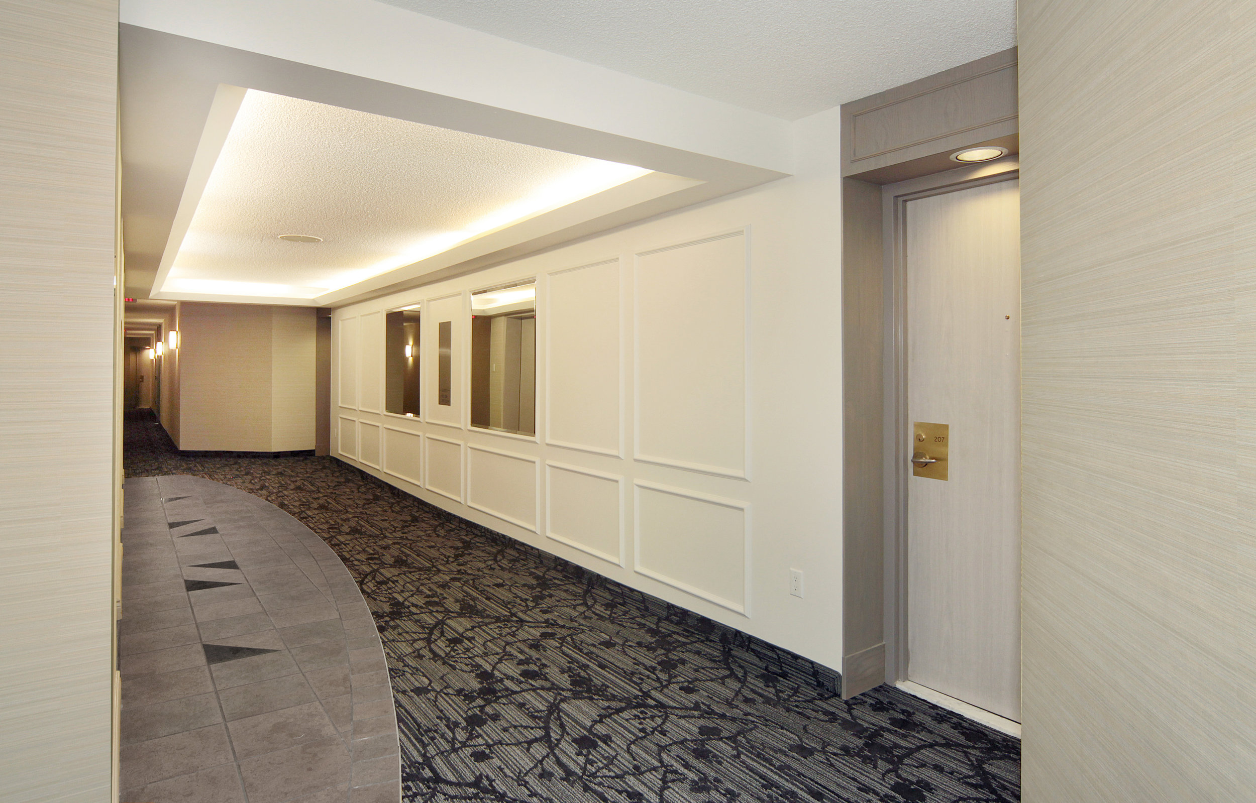 2155 Burnhamthorpe Nevada elevator lobby original.jpg