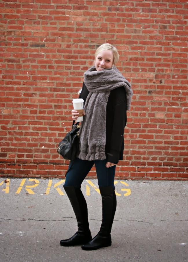 casual+classic.+fur+scarf+1.jpg